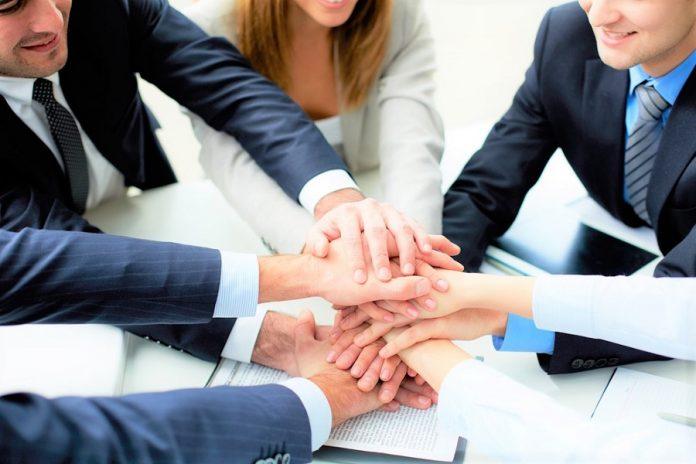 İş yerinde güveni kaybetmemeniz için 4 öneri