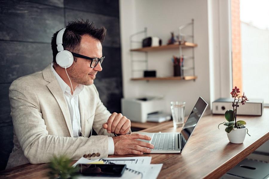 Home office çalışan ekiplere nasıl liderlik edilmeli? | İK Blog